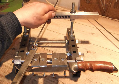 Как сделать станок для заточки ножа своими
