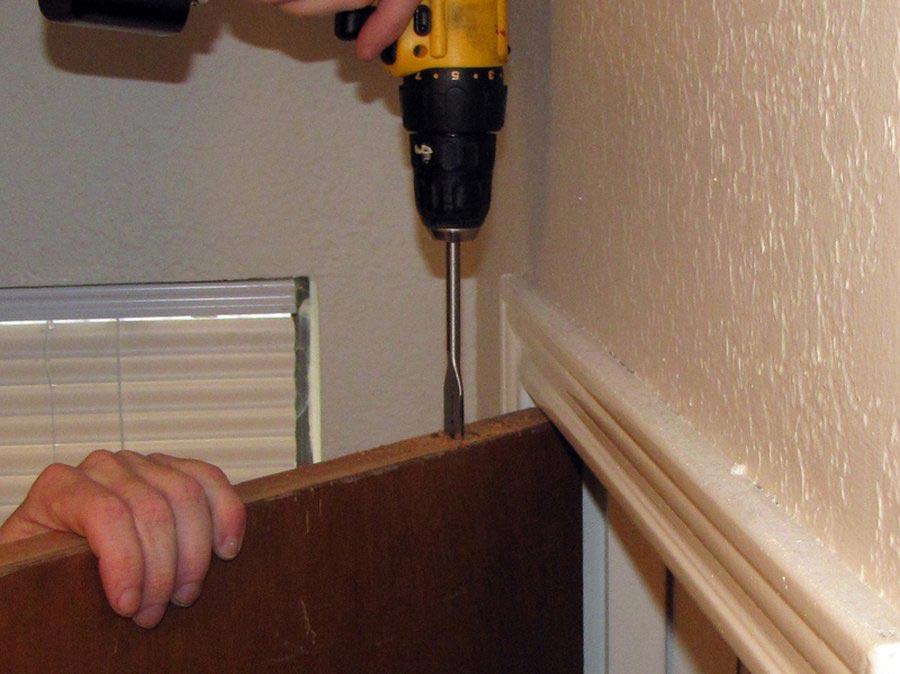 Как сделать дверь для дома своими руками